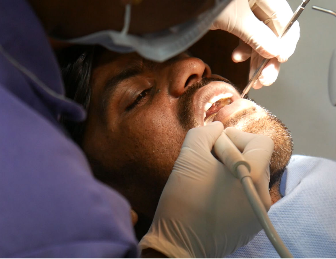 Dental implant specialist india