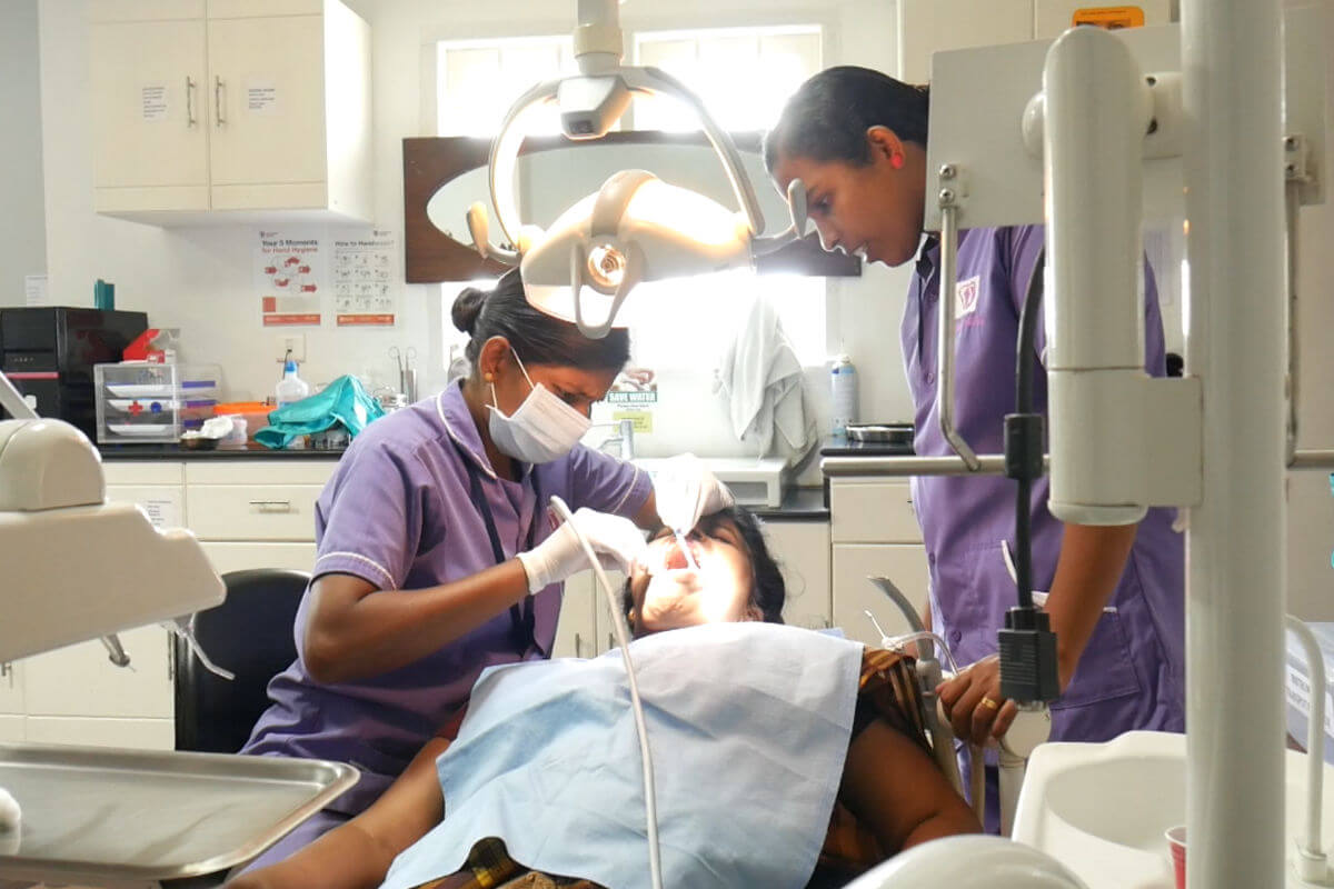 dental scaling treatment in india